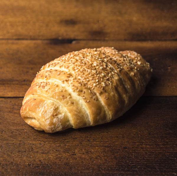 Croissant cu sunca si cascaval